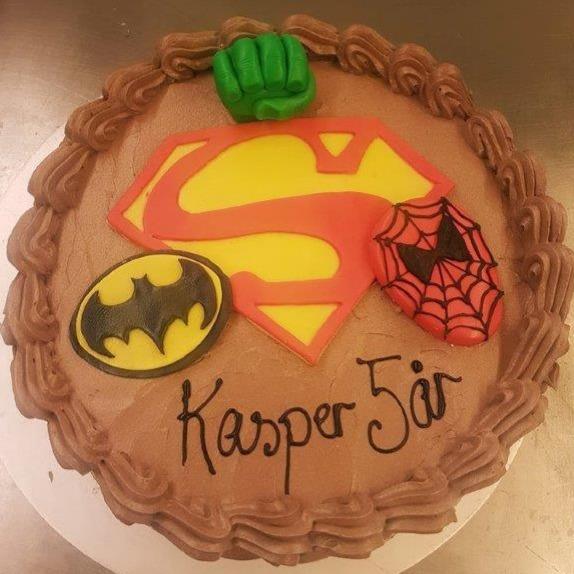 Evensen's Bakeri & Conditori - Superheltkake