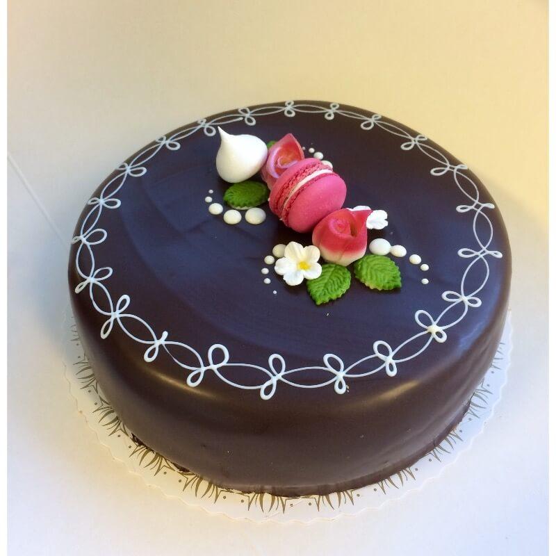 Pikene på torget - Sjokoladekake