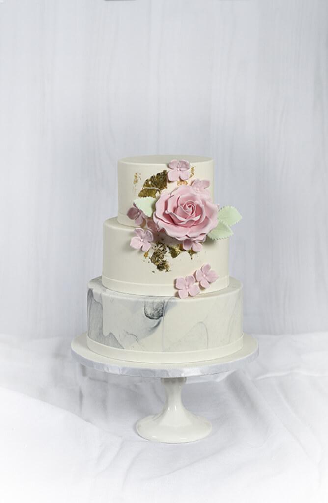 Cakes by Hancock - Nora Bryllupskake