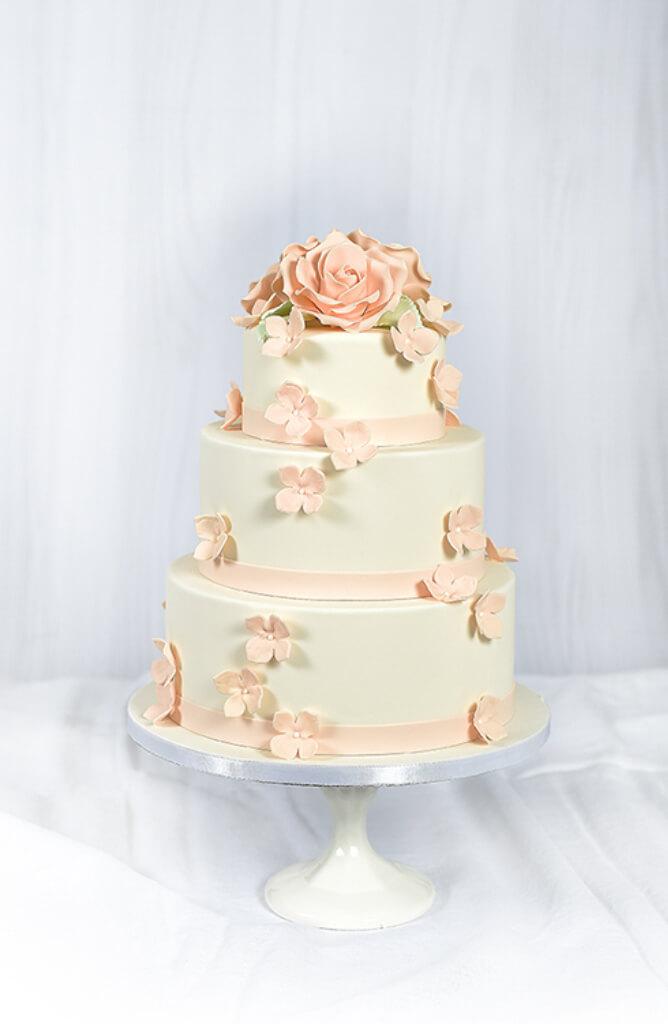 Cakes by Hancock - Ingrid Bryllupskake