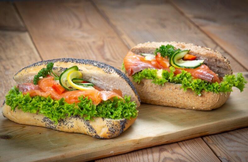 Ryfylket bakeri & konditori - Frokostbrød med røykelaks