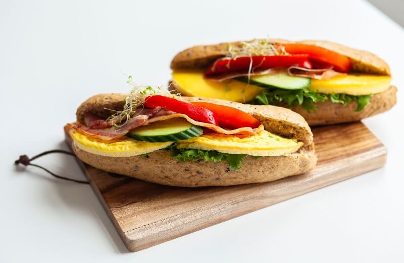 Rosenborg bakeri - Steinovnsbakt baguett med omelett