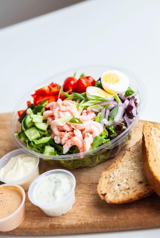 Rosenborg bakeri - Salat med reker og egg