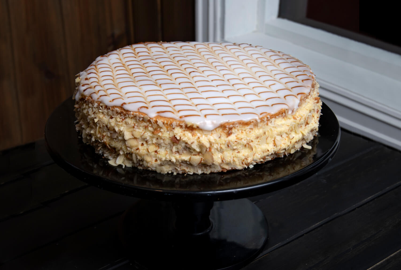 Ødegaarden Bakeri - Romkake