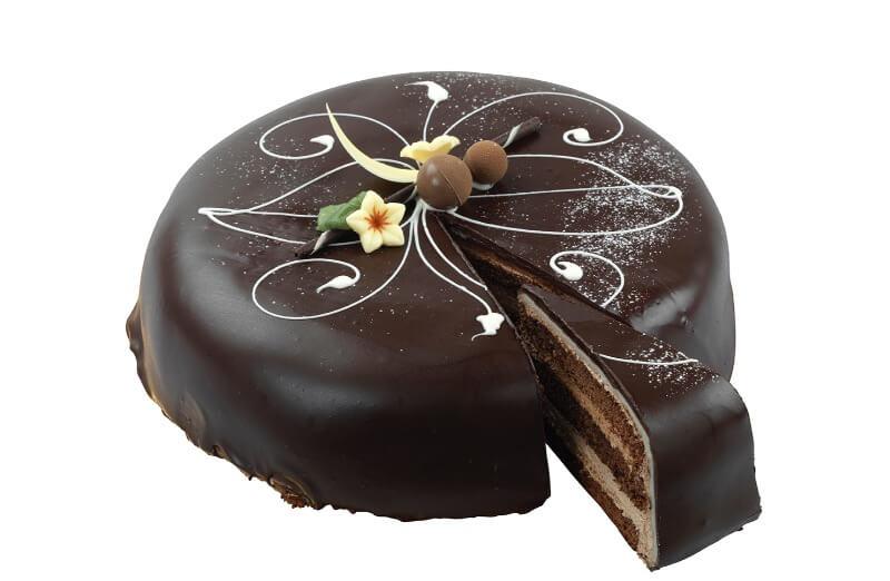 Nærbakst - Sjokoladekake med marsipan