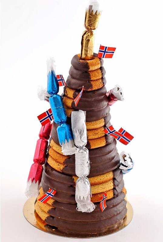 Tromsø Bakeri - Kransekake med sjokolade