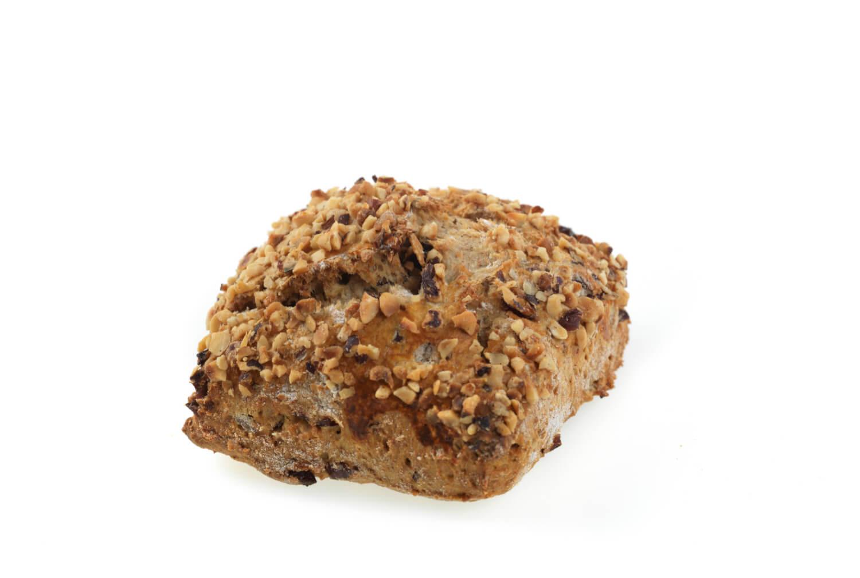 Nærbakst - Grov scones med tranebær og hasselnøtt