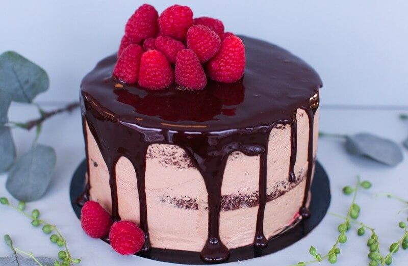 WITH bakeri og konditori - Sjokolade og bringebær