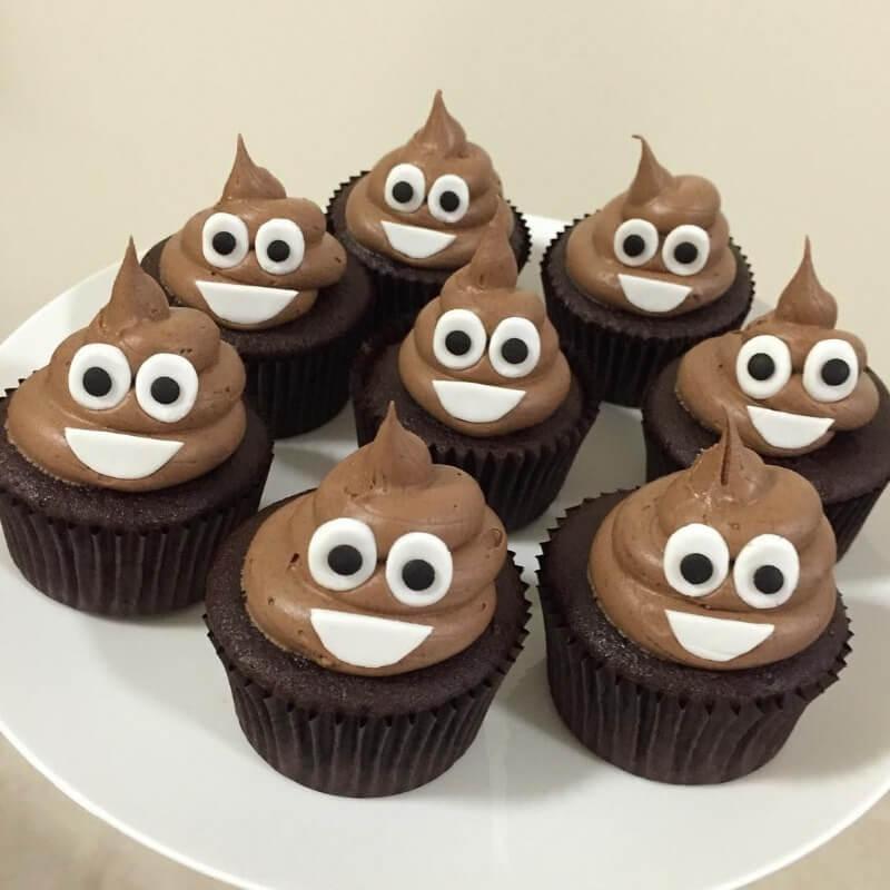Aanerud bakeri - Emoji-cupcakes