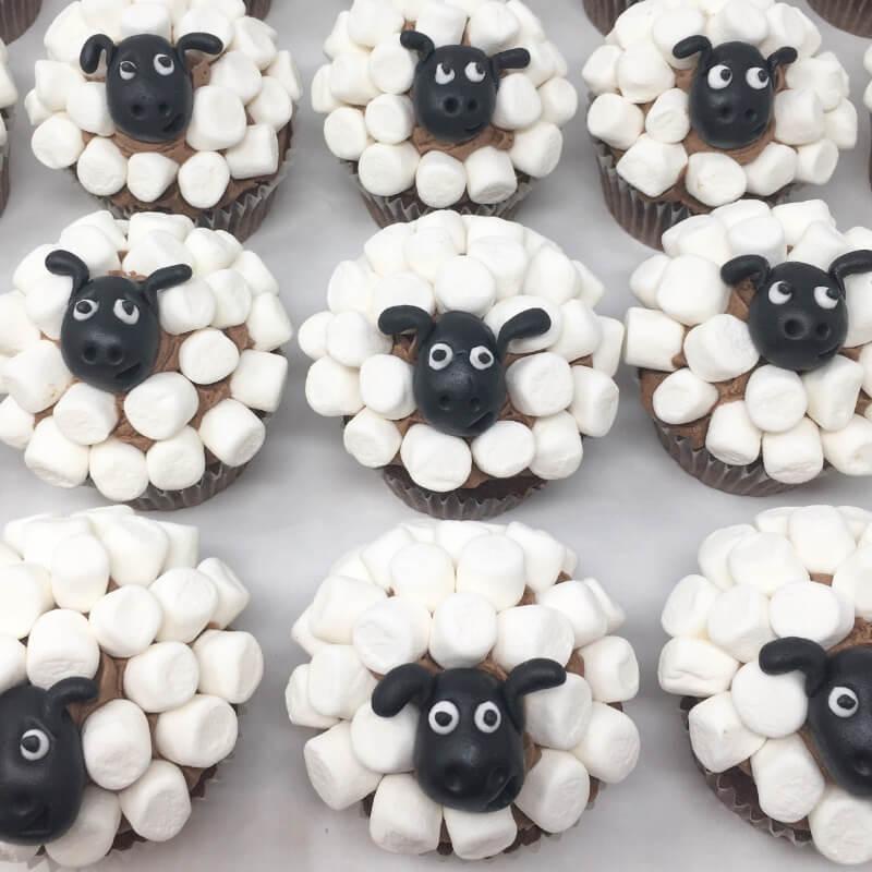 Aanerud bakeri - Sauen Shaun cupcakes