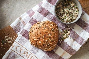 Vaaland Dampbakeri & Conditori - Mørk ciabatta med korn