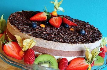 Funky Fresh Foods - No-reo Cake