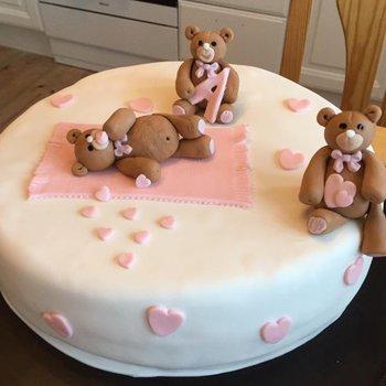 Ødegaarden Bakeri - Dåpskake med bamser